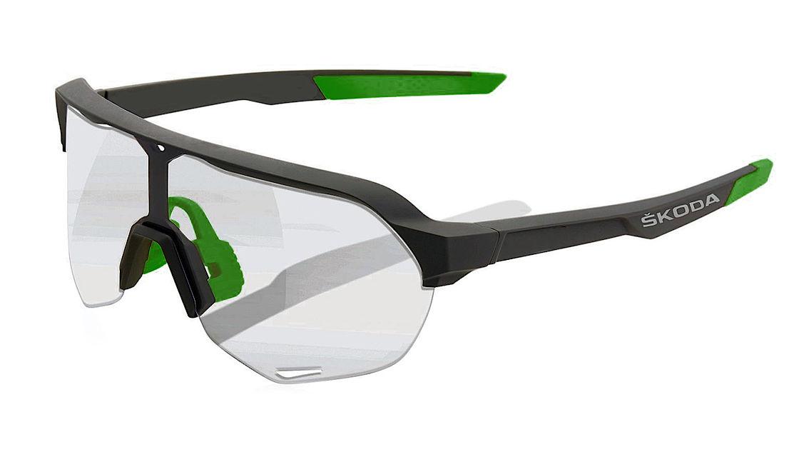 Die SKODA Sonnenbrille mit Photocromic-Gläsern Angebot