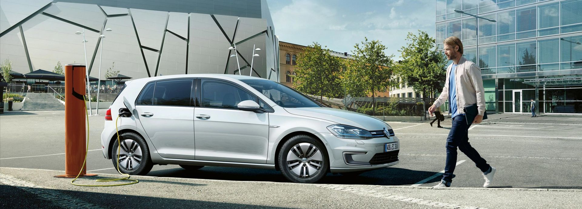 Elektrofahrzeuge und Hybridautos von Volkswagen | Auto Senger