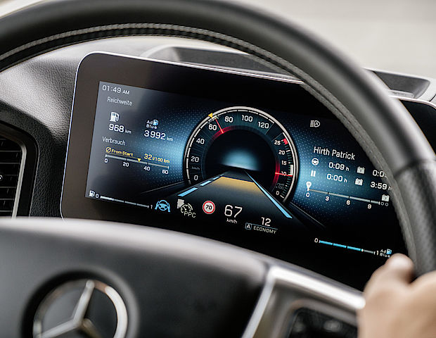 Digitales Cockpit im neuen Actros
