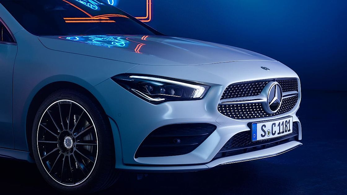 CLA Front mit Diamantgrill