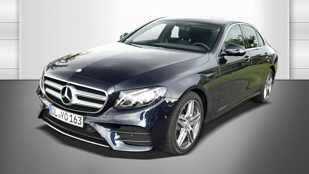 Mercedes-Benz E 220 d AMG-Line
