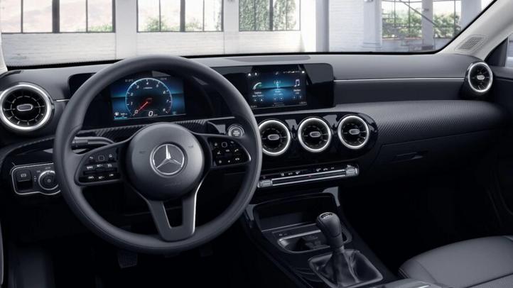 Mercedes-Benz CLA Lenkradansicht