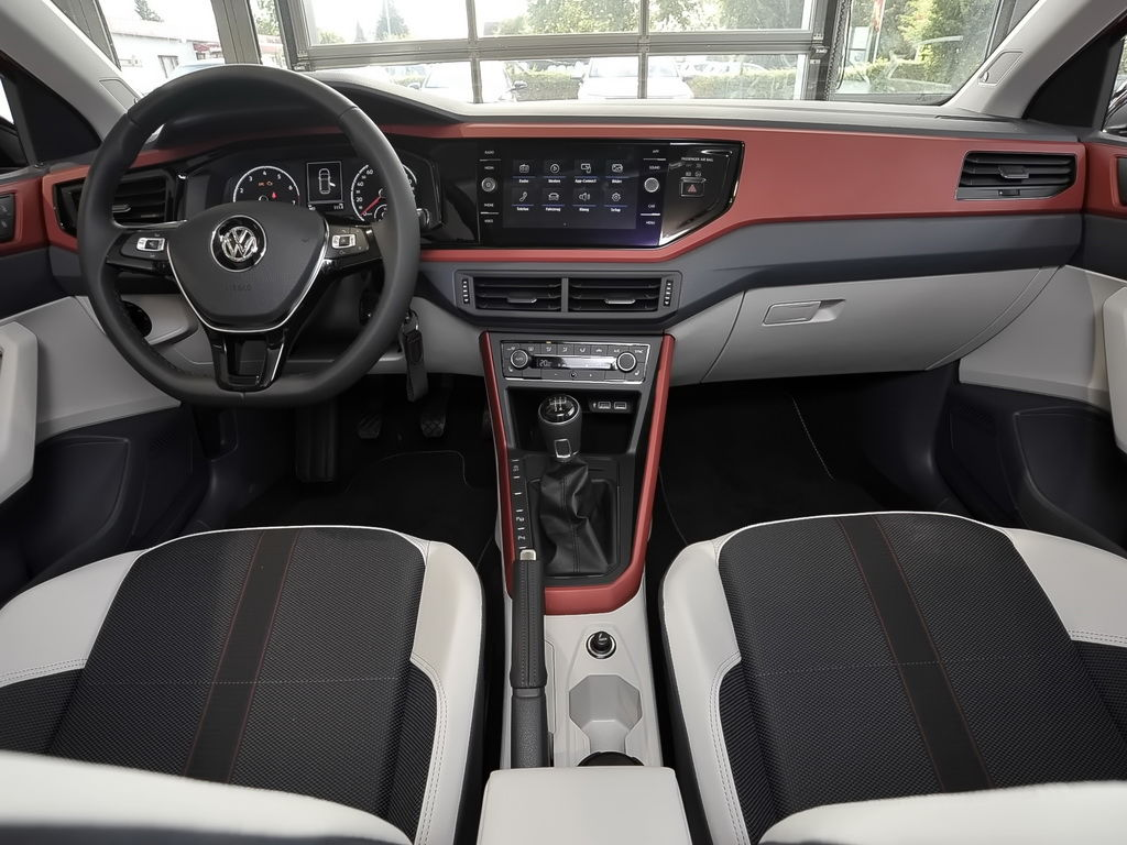 volkswagen polo beats 1 0 l tsi 70 kw 95 ps 5 gang. Black Bedroom Furniture Sets. Home Design Ideas